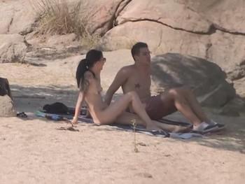 JotaDe se va de ligue al pantano nudista y una desconocida pierde los papeles